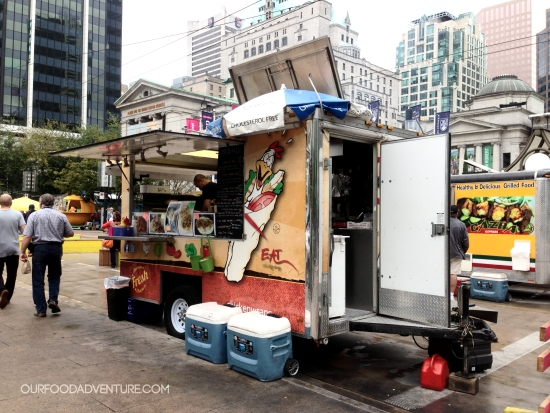 chicken wraps food cart